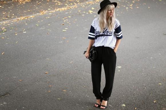 blogger t-shirt bag sara luxe