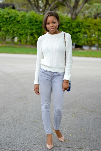cha cha the fashion genius blogger grey jeans white sweater