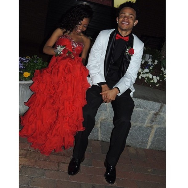 Dress: red prom dress, prom dress, couple, prom tux, bag - Wheretoget