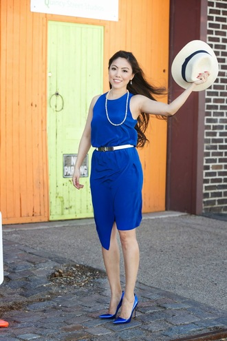 wearing fashion fluently blogger blue heels blue dress
