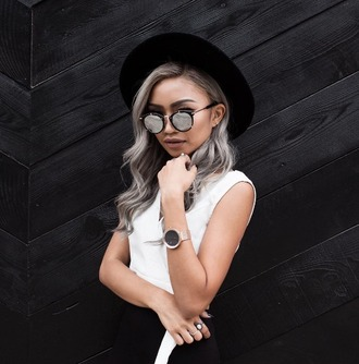 sunglasses silver hair long hair hairstyles mirrored sunglasses watch top white top wrap top crop tops white crop tops hat black hat