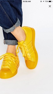 shoes,yellow,adidas shoes,yellow sneakers,adidas superstars,low top sneakers