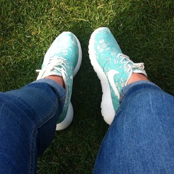 shoes nike nike roshe run floral tiffany blue nikes mint nike sneakers  sneakers tiffany blue nike