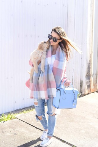 dog live more beautifully cute blogger spring blue bag spring outfits light blue jeans ripped jeans blanket scarf