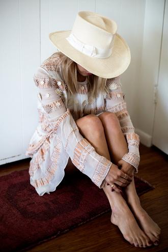 always judging blogger dress hat