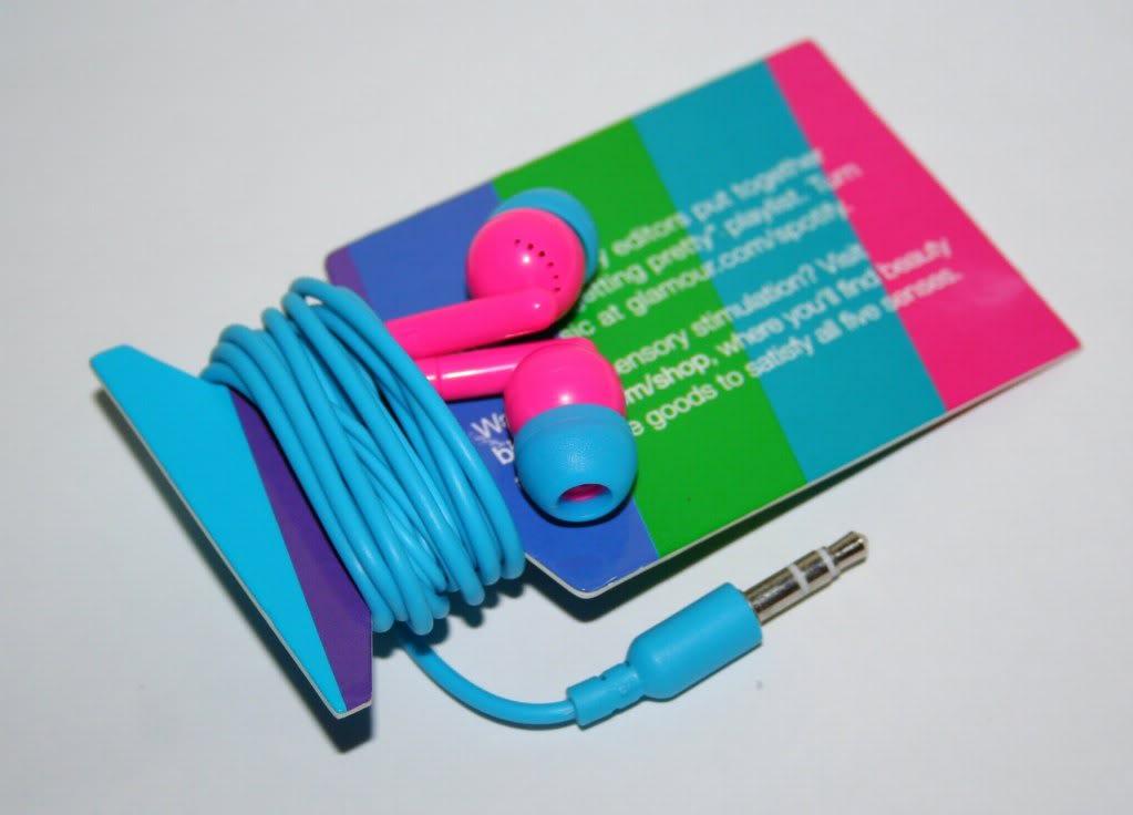 Everyday makeup blog: july birchbox...neon earphones, laura geller, ahava, manna kadar and oscar de la renta