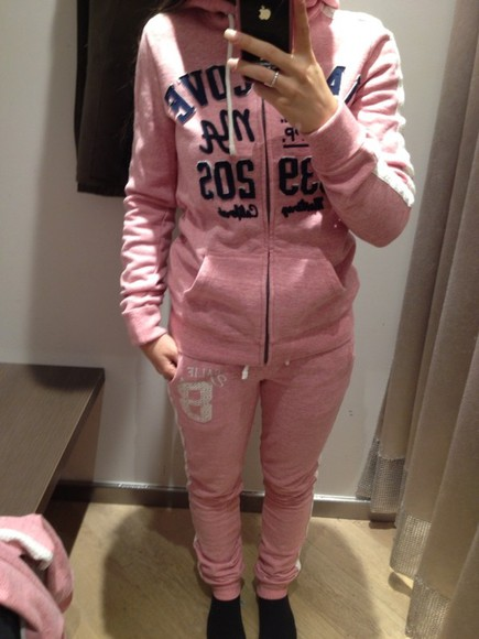 blue jogging sweater pants jacket sweatpants joggingpants sweatshirt pink jogging bottoms pink jogging bottoms jogging set lace jogging suit pink sweatpants white