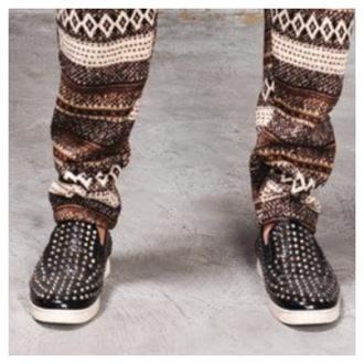 shoes black sneaker black sneaker black shoes black stud sneaker black and white stud sneaker stud round stud
