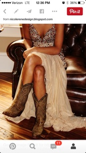 dress,tan,country wedding,country style,beige dress,shoes,home accessory,gown,lily pulitzer