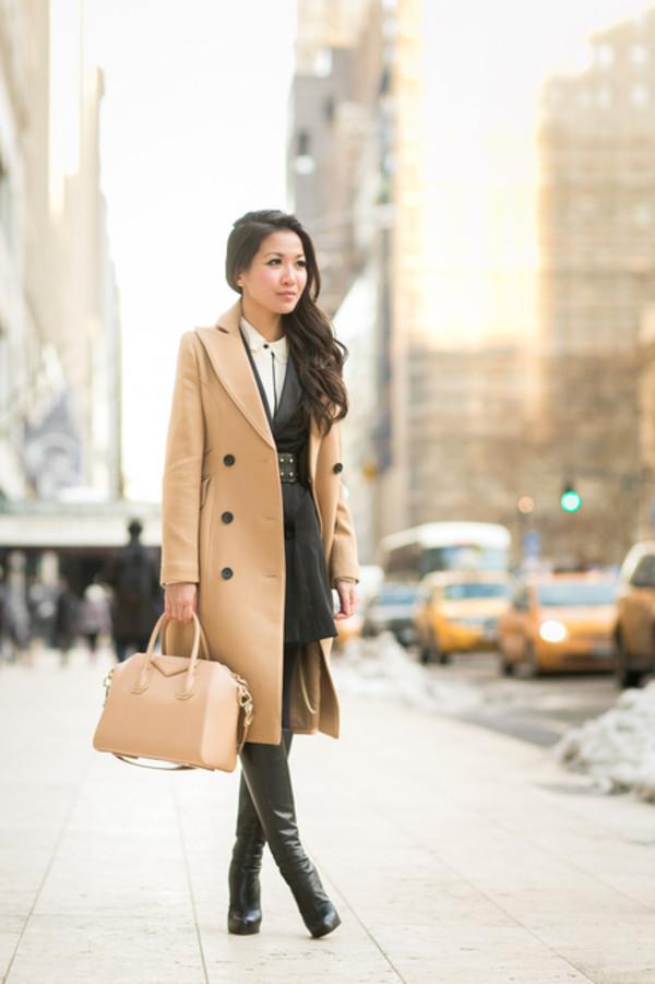 wendy's lookbook t-shirt coat blouse dress shoes bag belt