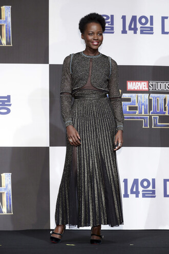 skirt pleated midi dress midi skirt pumps grey metallic glitter top lupita nyong'o shoes