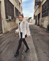 coat,kristina bazan,kayture,blogger,fashion,streetwear,streetstyle,street,style,winter outfits,winter coat,faux fur,faux fur coat,white coat,leopard print,long sleeve leopard coat,big fur coat