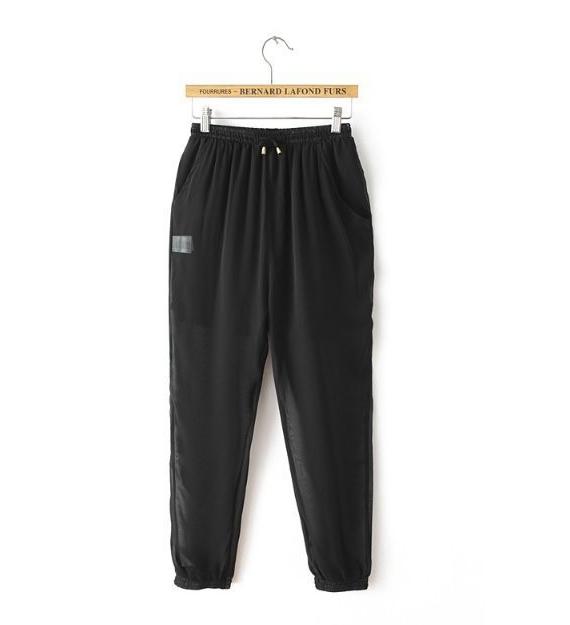 The nude gauze pants