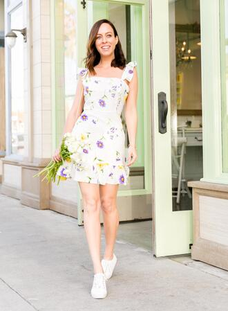 sydne summer's fashion reviews & style tips blogger shoes dress bag jewels sneakers floral dress spring outfits summer dress