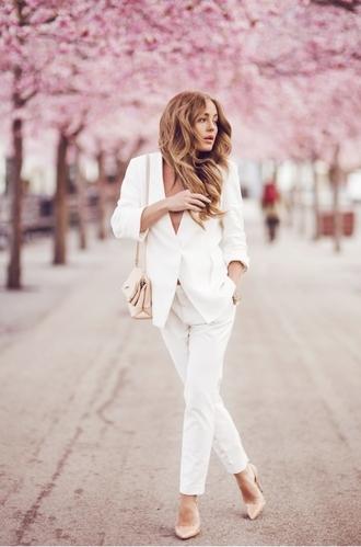 jacket blazer all white outfit all white everything white pants pants white blazer pumps high heel pumps pointed toe pumps nude pumps bag nude bag spring outfits