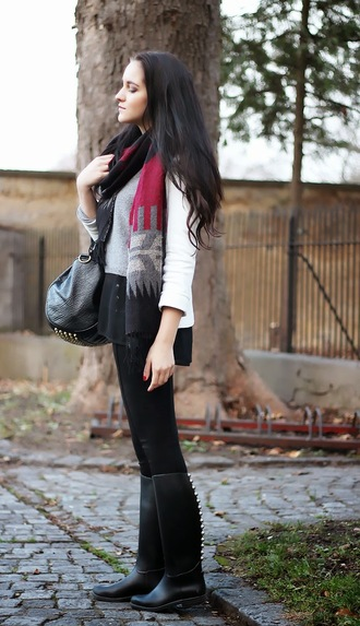 leather bag studs blogger scarf black boots leona meliskova