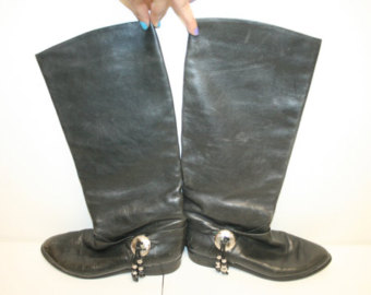 Popular items for black boot on etsy