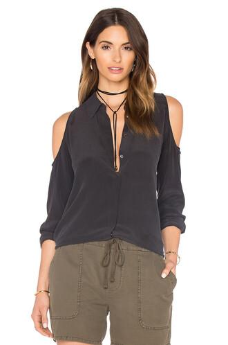 blouse open black