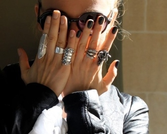 jewels ring ram skull black while sunglasses leather jacket silver hands