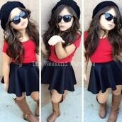 skirt,black skirt,skater skirt,red shirts,black beenie