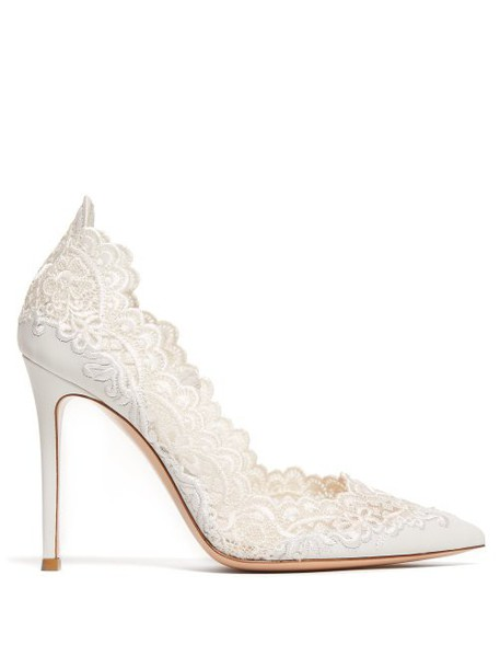 Gianvito Rossi - Embroidered Lace 105 Leather Pumps - Womens - White