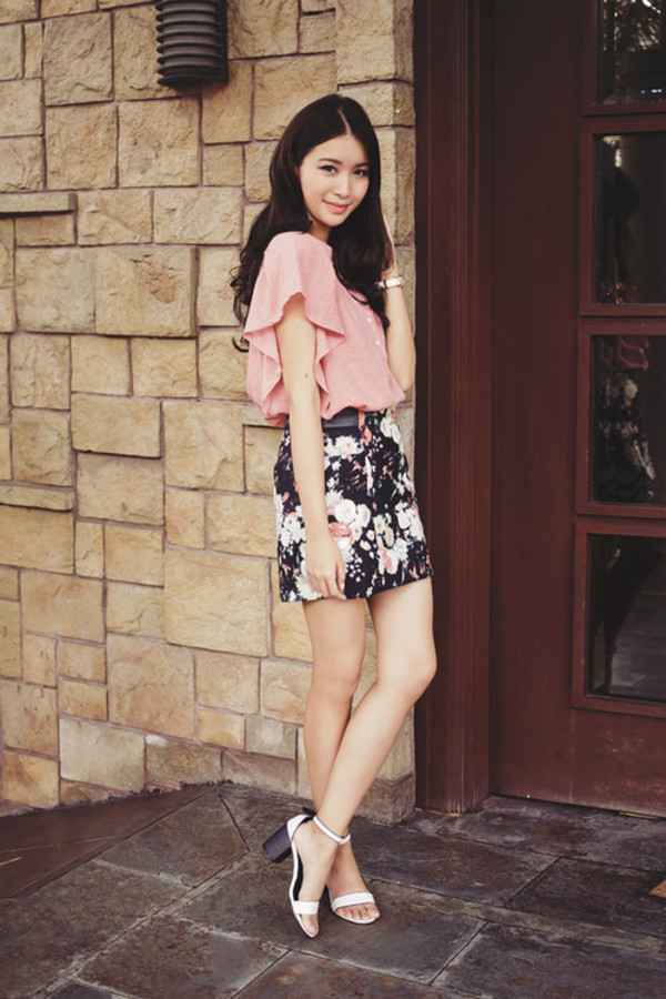 tricia gosingtian top skirt shoes jewels