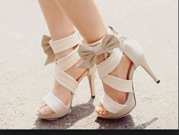 shoes sandles heels creme bow ankle strap