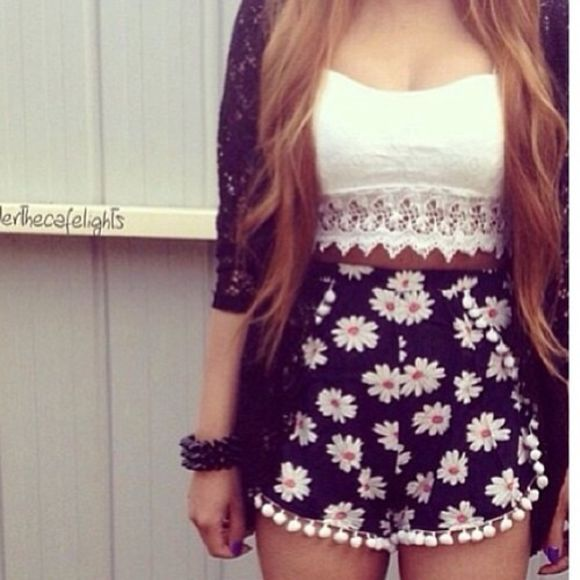 shirt white lace floral High waisted shorts boho chrochet lace crop tops embrodering summer outfits ootd perfect lovely shorts sexy jacket mini ball shorts daisy black blouse white crop top floral dark blue flower blue shorts blondes flowerprinted crop tops lining top