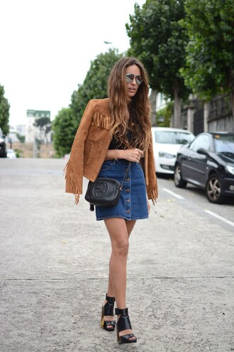 stella wants to die blogger jacket skirt shoes sunglasses t-shirt bag denim skirt suede fringe jacket fringe boho chic