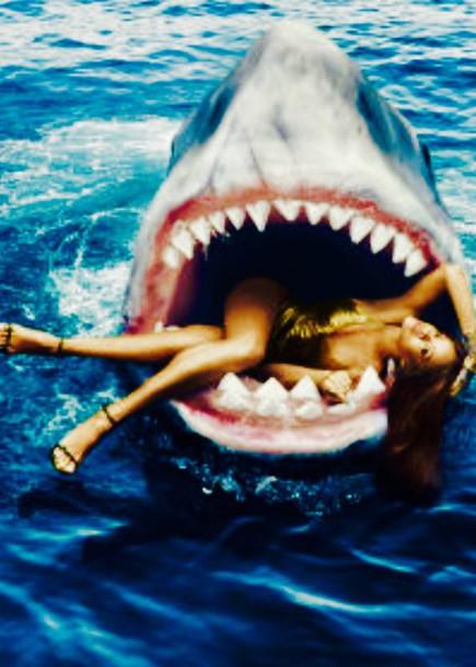 swimwear rihanna swimsuit singer