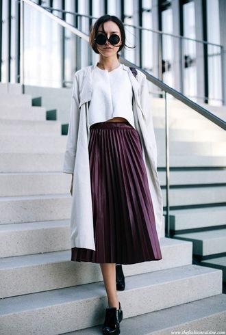 le fashion image blogger sunglasses coat t-shirt bag skirt