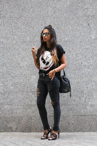 style by nelli blogger jeans topshop black ripped jeans