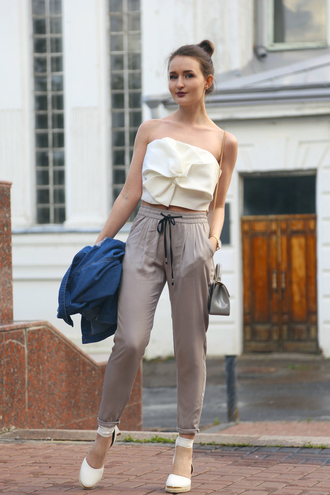 top bow top white top espadrilles tumblr bow crop tops pants grey pants sandals wedges wedge sandals shoes