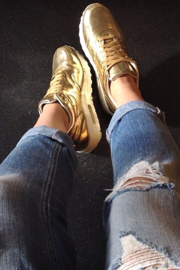 shoes nike nike air nike sneakers nike air force 1 nike air max 1 air max gold jeans