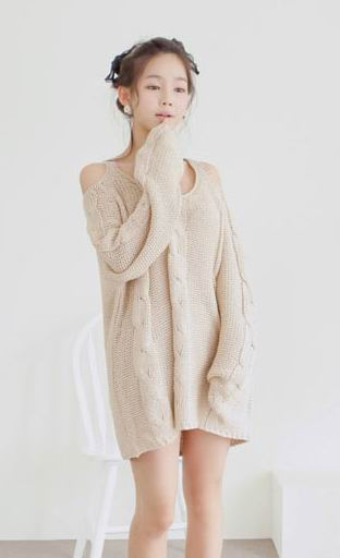 Irregular strapless long round neck sweater beige:buy at sheinside