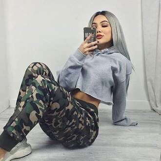 bag jeans shoes shirt t shirt print sweater hoodie pants camouflage gray hoodie cropped hoodie drawstring pants drawstring camo pants cropped sweater grey sweater top