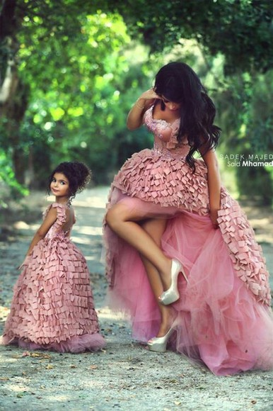 pumps pink