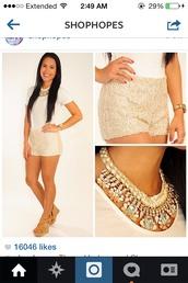 shorts,lace shorts,beige shorts,beige lace shorts,High waisted shorts