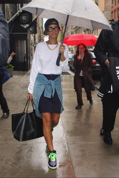 sweater jumper white umbrella rihanna bag