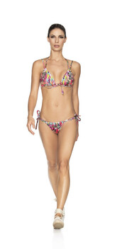 swimwear,agua bendita,bikini bottoms,bikini,bikini top,floral,halter neck,latin,triangle,top,halter top,latina,multicolor,bikiniluxe