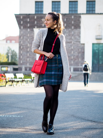 a cup of style blogger red bag long cardigan tartan skirt