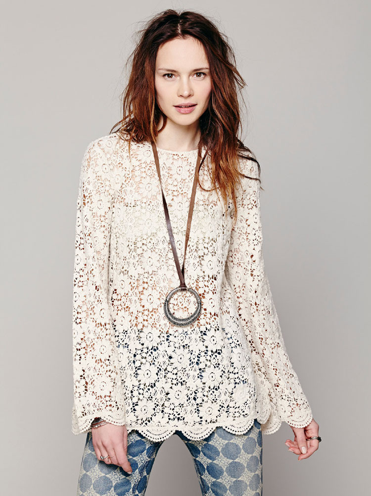 Sleeved lace shirt gg716gb