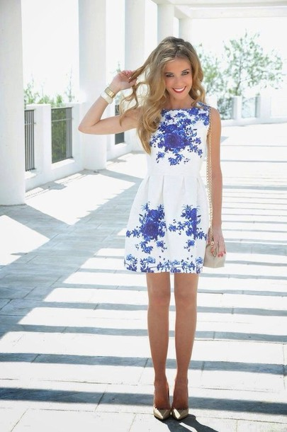 dress blue and white white floral short dress floral dress cute dress high neck white white dress blue dress flowers fashion blue flowers floral high neckline dress shoes blue and white dress blue black and white blue and white skater dress