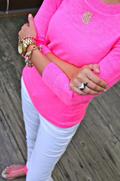 sweater,neon,sandals,ring,jewels,bracelets,necklace,neon sweater,shoes,pants,clothes,fashion,style,pink sweater,white pants,white jeans,white trousers,pink sandals,watch,girl,outfit,summer outfits