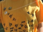 shirt,bee,yellow,vintage