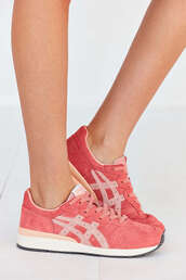 shoes,sneakers,pink
