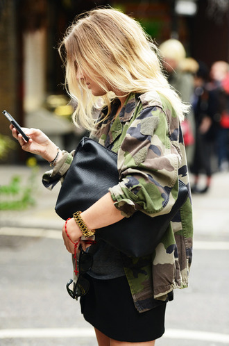 jacket army green jacket green jacket camouflage blonde hair boyish baggy bag military style blouse