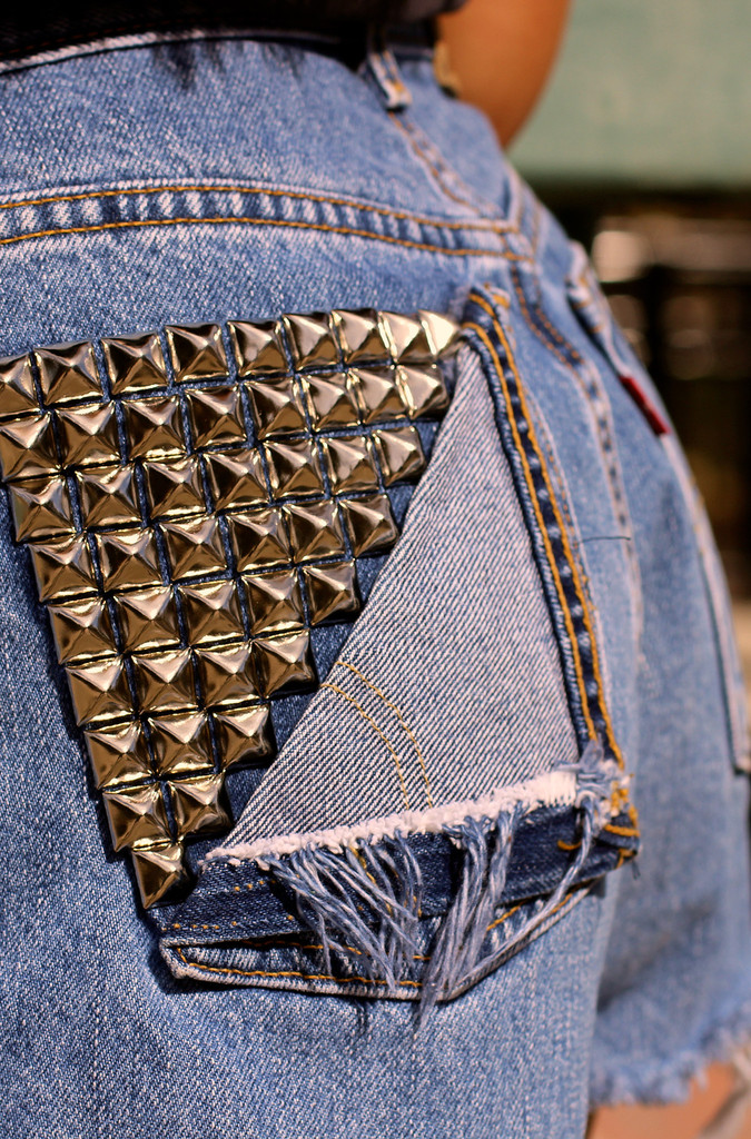 Stud Pocket Distressed Levi Cut-offs - METROmorphos