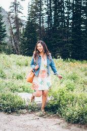 sandy a la mode,blogger,dress,jacket,shoes,bag,jewels,plus size,plus size dress,curvy,floral,floral dress,spring outfits,spring dress