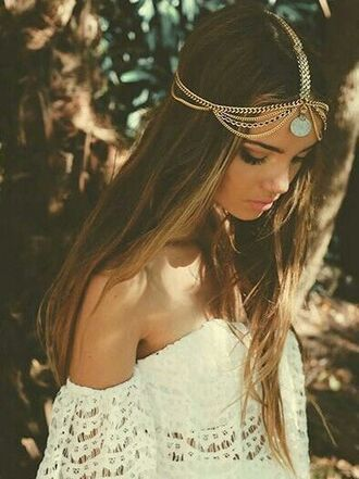 blouse hair accessory dress top jewels boho head jewels hippie headpiece chain white dress fashion vintage style coat lace dress summer dress boho dress bohostyle hair adornments boho chic india love hippie jewelry jewerly bohemian accessories white costume white clothing white collar gold white lace white clothes indie boho brunnette summer outfits girl girly cute shirt t-shirt shirt cute top outfit prom dress bohemian dress cute boho wedding dress fs off the shoulder festival cute dress summer white lace